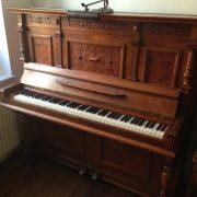 piano_holz2